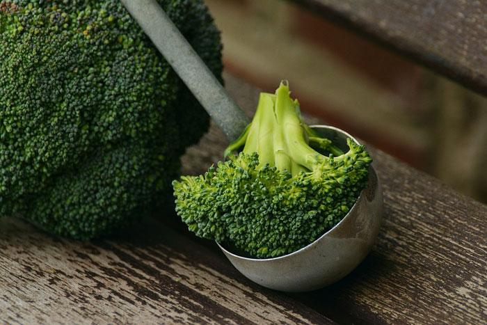 أطعمة تخلص جسمك من آثار النيكوتين - البروكلي